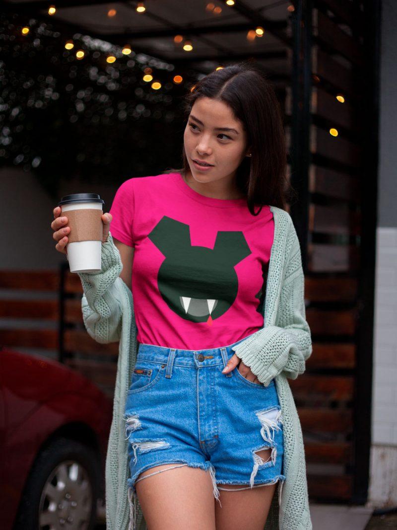 Cool women's T-shirts mono y mona