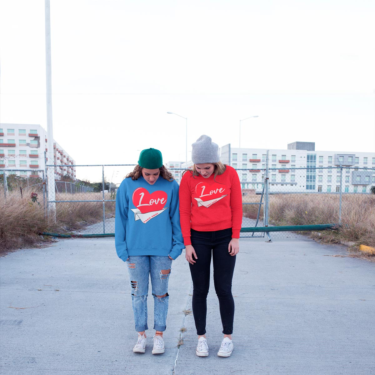 original Graphic women's sweatshirts mono y mona